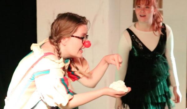 Det er rigtig sjovt at lave teater for børn. Du får en umiddelbar reaktion på alt hvad, der sker på scenen.